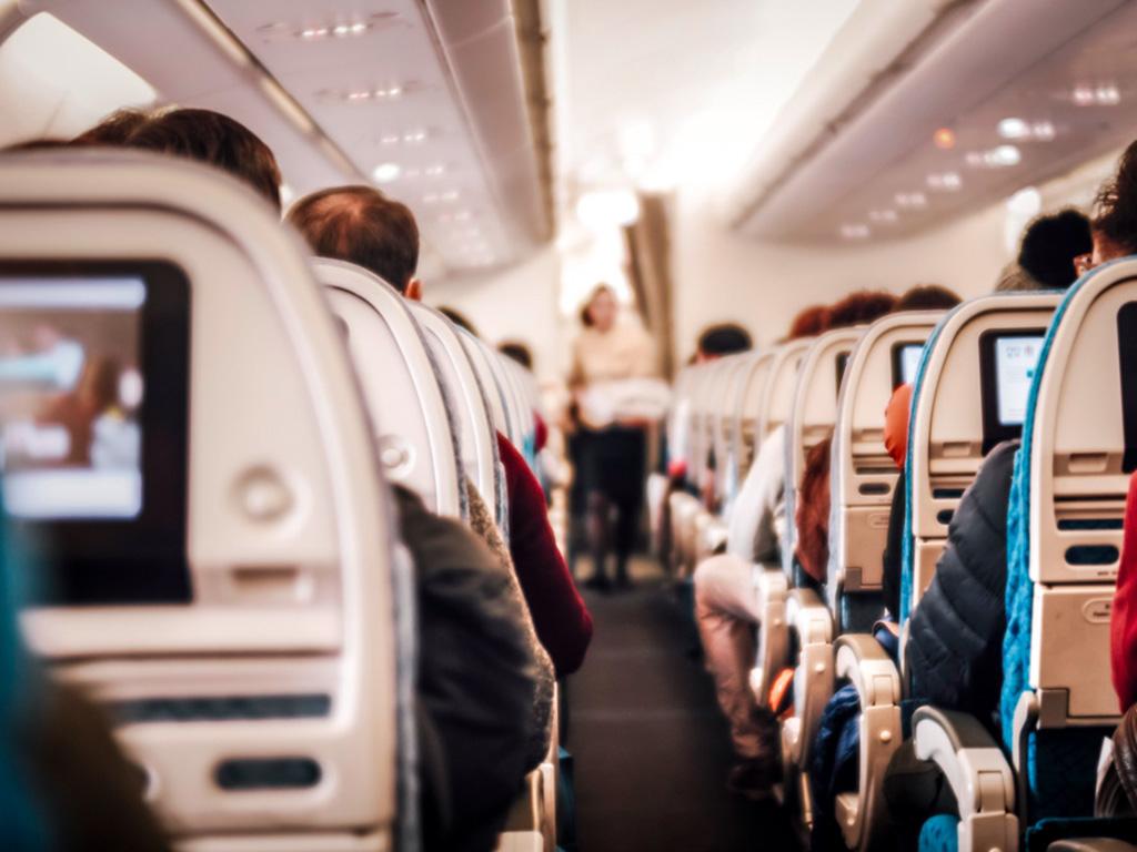 Blick in die Kabine eines Flugzeugs